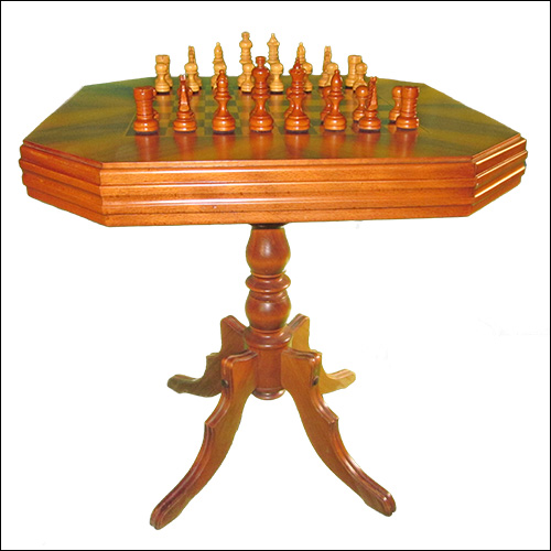 Chess Master Table 15